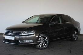 Volkswagen Passat 2011 г. (коричневый)