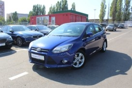 Ford Focus 2014 г. (синий)