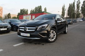 Mercedes-Benz GLA 2014 г. (черный)