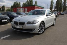 BMW 5er 2013 г. (серебряный)