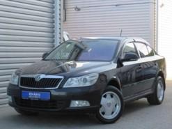 Škoda Octavia 2012 г. (черный)