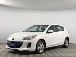Mazda 3 2012 г. (белый)