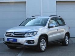 Volkswagen Tiguan 2012 г. (серебряный)