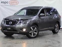 Nissan Pathfinder 2015 г. (серый)