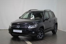 Volkswagen Tiguan 2012 г. (черный)