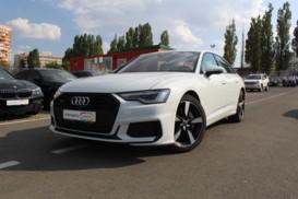 Audi A6 2018 г. (белый)