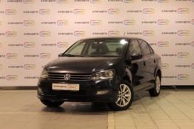 Volkswagen Polo 2015 г. (черный)