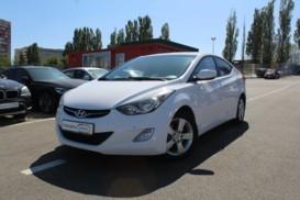Hyundai Avante 2013 г. (белый)