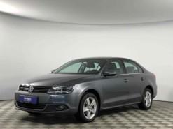 Volkswagen Jetta 2013 г. (серый)