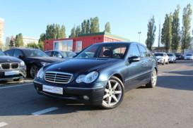 Mercedes-Benz C-klasse 2003 г. (черный)