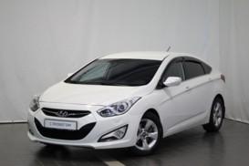 Hyundai i40 2013 г. (белый)