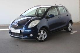 Toyota Yaris 2008 г. (синий)