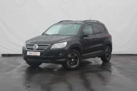 Volkswagen Tiguan 2010 г. (черный)