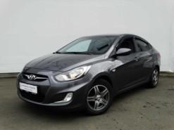Hyundai Solaris 2012 г. (черный)
