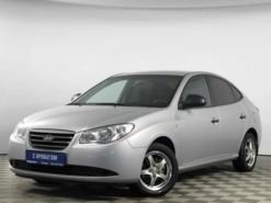 Hyundai Elantra 2009 г. (серебряный)