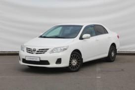 Toyota Corolla 2011 г. (белый)