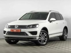 Volkswagen Touareg 2016 г. (белый)