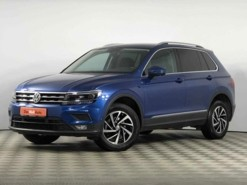 Volkswagen Tiguan 2018 г. (синий)