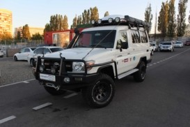 Toyota Land Cruiser 2008 г. (белый)