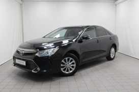 Toyota Camry 2015 г. (черный)