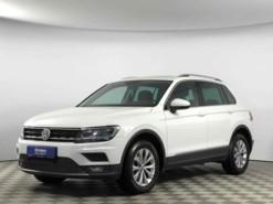 Volkswagen Touran 2017 г. (белый)