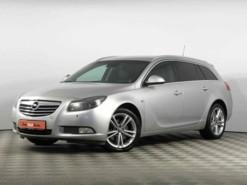 Opel Insignia 2012 г. (серебряный)