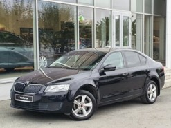 Škoda Octavia 2013 г. (черный)