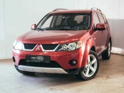 Mitsubishi Outlander 2008 г. (красный)